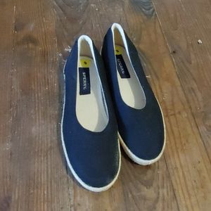 Sperry canvas flats